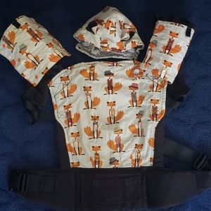 Tula-Foxy baby carrier with hood& teething cover
